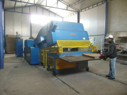 Diemaster automatic die-cutting press S&S